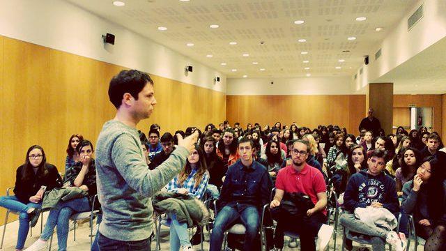 Encuentro Francisco Coll con jóvenes - OCNE 2017